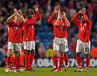 Fotball<br /> Photo. Jed Wee, Digitalsport<br /> NORWAY ONLY<br /> <br /> England v Japan, The FA Summer Tournament, 01/06/2004.<br /> England's players applaud the fans at the end of the game but know that much needs to be improved before they go to Portugal.