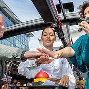 NLD/Amsterdam/20190606 - Talkies Terras Award 2019, Winonah Leefland - de Jong en Kristina Bozilovic onthullen het nieuwe nummer van Talkies