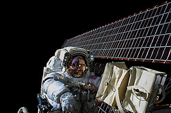 EARTH Aboard the International Space Station -- 06 Nov 2015 -- NASA astronaut Scott Kelly is seen while working outside of the International Space Station during a spacewalk on 06 Nov 2015. Commander Kelly and fellow NASA astronaut Kjell Lindgren restored the port truss (P6) ammonia cooling system to its original configuration and returned ammonia to the desired levels in both the prime and back-up systems. The spacewalk lasted for seven hours and 48 minutes. EXPA Pictures © 2016, PhotoCredit: EXPA/ Photoshot/ Kjell Lindgren/Atlas Photo Archi<br /><br />*****ATTENTION - for AUT, SLO, CRO, SRB, BIH, MAZ, SUI only*****