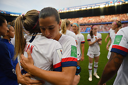 June 29, 2019 - Paris, ile de france, France - Tobin Heath,(USA) embrasse Morgan Brian (USA) during the quarter-final between FRANCE vs USA in the 2019 women's football World cup at Parc des Princes in Paris, on the 28 June 2019. (Credit Image: © Julien Mattia/NurPhoto via ZUMA Press)