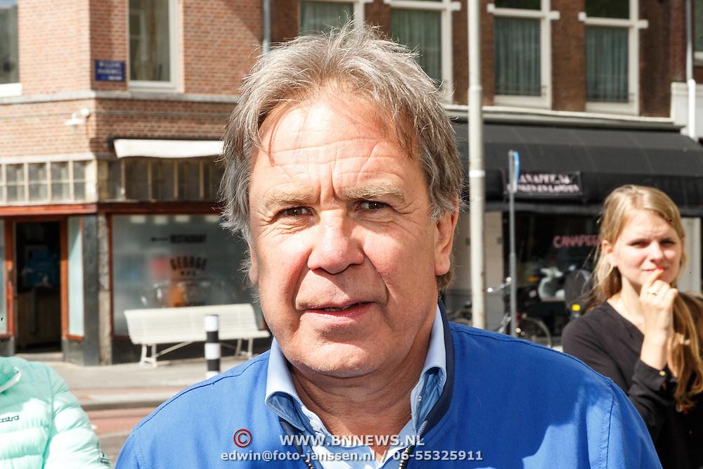 NLD/Amsterdam/20150526 - Boekpresentatie Huisje, Boompje, Buikje van Bastiaan Ragas, Maarten Spanjer