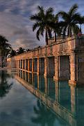 Memories Grand Bahama Hotel Swimming pool with swim through columns