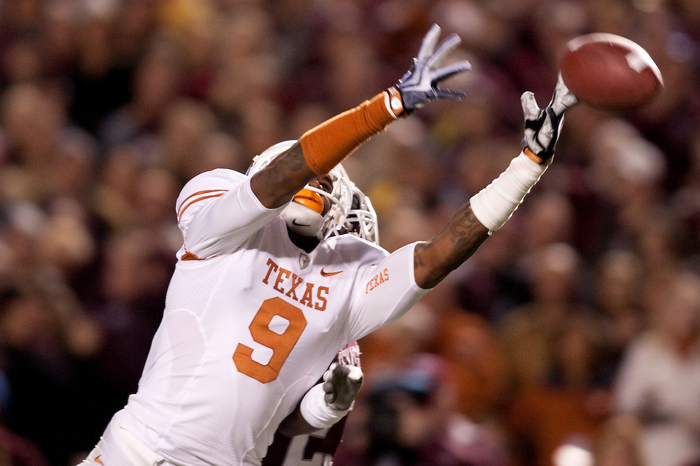 Malcolm Williams WR #9.Texas Longhorns at Texas A&M Aggies. Photographed at Kyle Field in College Station, Texas on Thursday, November 26 2009. Photograph © 2009 Darren Carroll