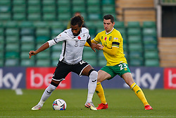 Kasey Palmer of Swansea City & Kenny McLean of Norwich City battles for possession - Mandatory by-line: Phil Chaplin/JMP - 07/11/2020 - FOOTBALL - Carrow Road - Norwich, England - Norwich City v Swansea City - Sky Bet Championship