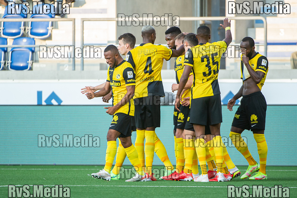 LAUSANNE, SWITZERLAND - SEPTEMBER 22: Meschack Elia #15 of BSC Young Boys celebrates his goal with teammates during the Swiss Super League match between FC Lausanne-Sport and BSC Young Boys at Stade de la Tuiliere on September 22, 2021 in Lausanne, Switzerland. (Photo by Monika Majer/RvS.Media)