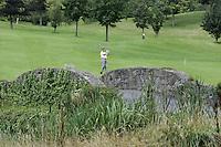 STAFFAN (Ierland) - K CLUB bij Dublin, de golfbaan waar in 2006 de Ryder Cup wordt gespeeld. Hole 15.