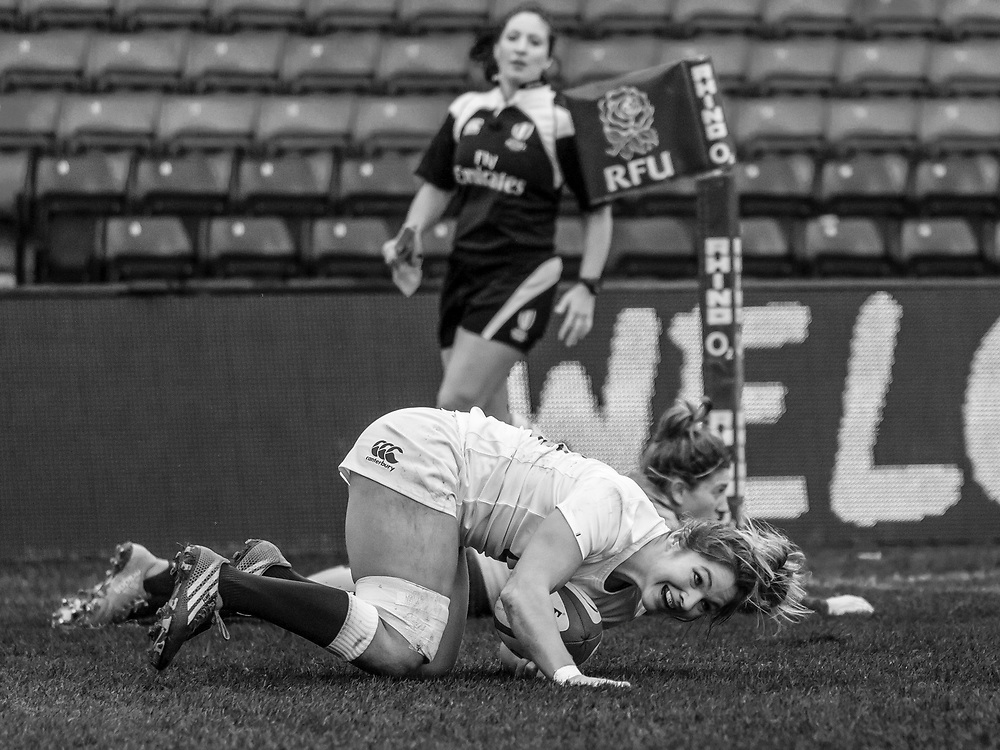 Amy Wilson-Hardy crosses the line to score a try, England Women v Italy Women in a 6 Nations match at Twickenham Stoop, London, England, on 25th February 2017 Final Score 29-15.