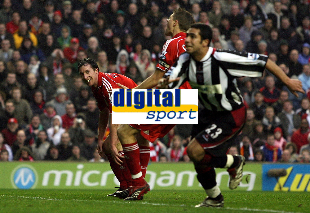 """Photo: Paul Thomas.<br /> Liverpool v Sheffield United. The Barclays Premiership. 24/02/2007.<br /> <br /> Robbie Fowler (L) of Liverpool rues a missed chance after missing which would have been his """"hat-trick"""" goal."""