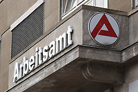 25 MAR 2003, BERLIN/GERMANY:<br /> Logo und Schriftzug Arbeitsamt Berlin Mitte, Charlottenstrasse 90<br /> IMAGE: 25032003-01-003<br /> KEYWORDS: Arbeit, work, Arbeitslosigkeit, sign