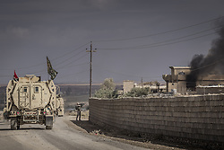 November 2, 2016 - Nineveh Governorate, Iraq - Iraqi army soldiers are fighting in the streets os Mosul. (Credit Image: © Bertalan Feher via ZUMA Wire)