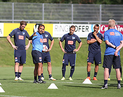 04.08.2014, Athletic Area, Schladming, AUT, Hertha BSC, im Bild Jos Luhukay (Hertha BSC, Trainer) mit Spielern // during a training session of the German Bundesliga Club Hertha BSC at the Athletic Area, Austria on 2014/08/04. EXPA Pictures © 2014, PhotoCredit: EXPA/ Martin Huber
