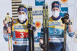 28.02.2021, Oberstdorf, GER, FIS Weltmeisterschaften Ski Nordisch, Oberstdorf 2021, Herren, Langlauf, Teamsprint, Freestyle, Siegerpräsentation, im Bild v.l.: Silbermedaillengewinner Ristomatti Hakola (FIN), Joni Maki (FIN) // f.l.: Silver medalist Ristomatti Hakola of Finland Joni Maki of Finland during the teampresentation for the men Cross Country team sprint freestyle competition of the FIS Nordic Ski World Championships 2021 in Oberstdorf, Germany on 2021/02/28. EXPA Pictures © 2021, PhotoCredit: EXPA/ Dominik Angerer