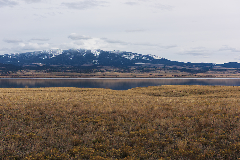 The Missouri river and Mountains from Highway 287 on the way up to Helena.