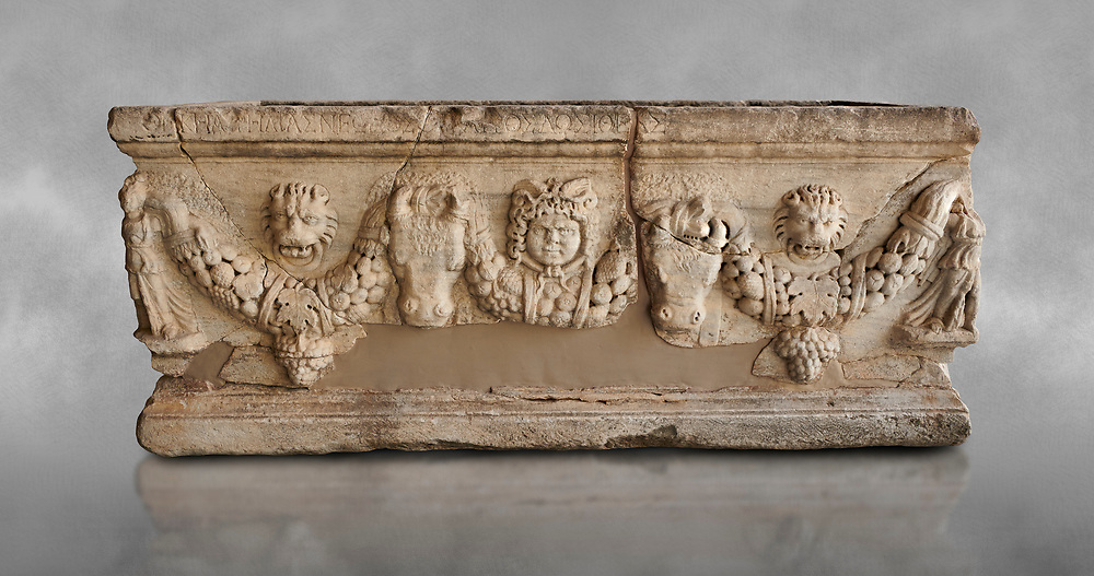 Roman relief sculpted garland sarcophagus, 3rd century AD. Adana Archaeology Museum, Turkey .<br /> <br /> If you prefer to buy from our ALAMY STOCK LIBRARY page at https://www.alamy.com/portfolio/paul-williams-funkystock/greco-roman-sculptures.html . Type -    Adana     - into LOWER SEARCH WITHIN GALLERY box - Refine search by adding a subject, place, background colour, museum etc.<br /> <br /> Visit our ROMAN WORLD PHOTO COLLECTIONS for more photos to download or buy as wall art prints https://funkystock.photoshelter.com/gallery-collection/The-Romans-Art-Artefacts-Antiquities-Historic-Sites-Pictures-Images/C0000r2uLJJo9_s0