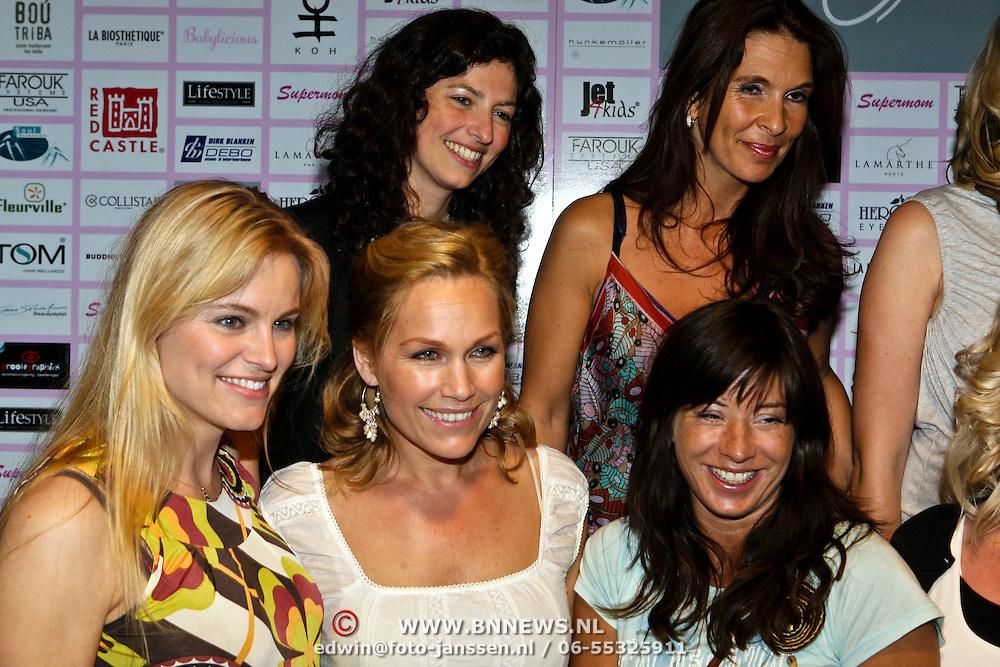 NLD/Amsterdam/20080508 - Mom's Moment voor zwangere vrouwen, Susan Blokhuis, Femmetje de Wind, Tanja Jess, Marit van Bohemen, Amanda Krabbe