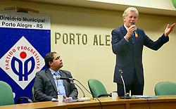 O pre-candidato Jose Fortunati fala a integrantes do diretório municipal do PP - Partido Progressista, na Camara Municipal, em Porto Alegre. FOTO: Jefferson Bernardes/Preview.com