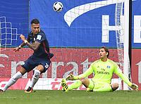 Fotball<br /> Tyskland<br /> Foto: Witters/Digitalsport<br /> NORWAY ONLY<br /> <br /> 0:4 Tor v.l. Davie Selke  (Leipzig), Torwart Rene Adler (HSV)<br /> Hamburg, 17.09.2016, Fussball Bundesliga, Hamburger SV - RB Leipzig 0:4