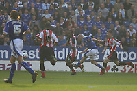 Photo: Pete Lorence.<br />Leicester City v Southampton. Coca Cola Championship. 14/10/2006.<br />Iain Hume sends the ball into the back of the net, sending Leicester into the lead.