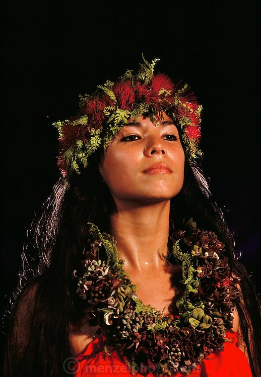 Haunani Phillips. Hilo Hawaii, USA, Hula contest. MODEL RELEASED.