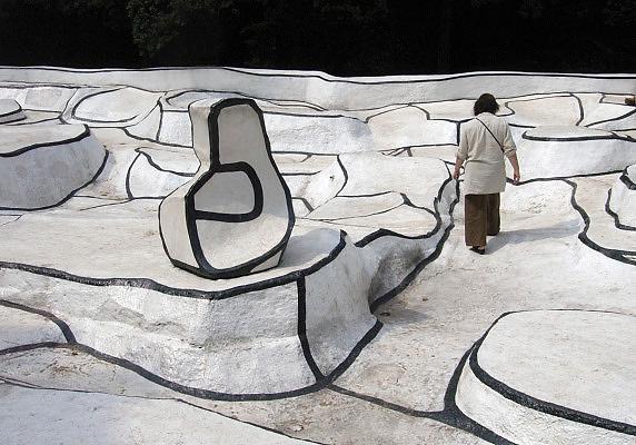 Nederland, Otterlo, 19-6-2006In de beeldentuin van museum Kroller Muller. Jean Dubuffet, Jardin d'Email, jardin emailFoto: Flip Franssen/Hollandse Hoogte
