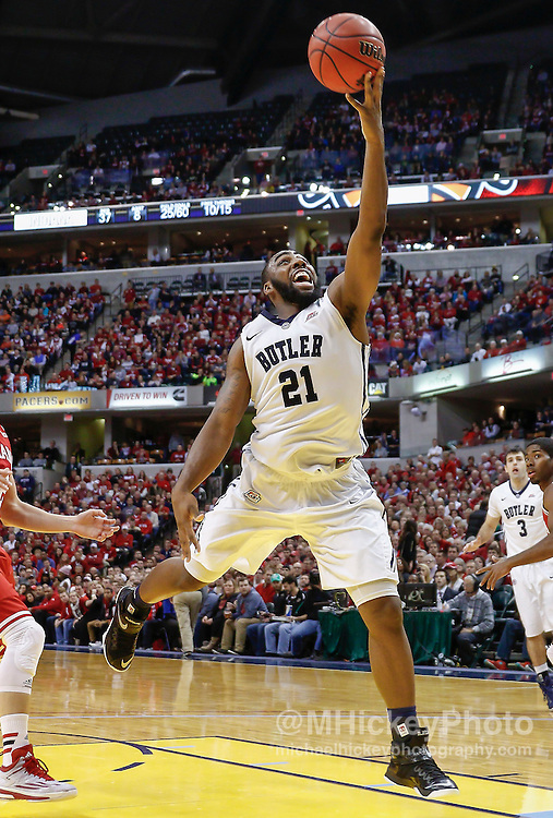 INDIANAPOLIS, IN - DECEMBER  20: Roosevelt Jones #21 of the Butler Bulldogs shoots the ball against the Indiana Hoosiers at Bankers Life Fieldhouse on December 20, 2014 in Indianapolis, Indiana. Indiana defeated Butler 82-73. (Photo by Michael Hickey/Getty Images) *** Local Caption *** Roosevelt Jones