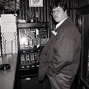 NLD/Hilversum/19910924 - Edwin Janssen in shoarmazaak Tel Aviv Hilversum