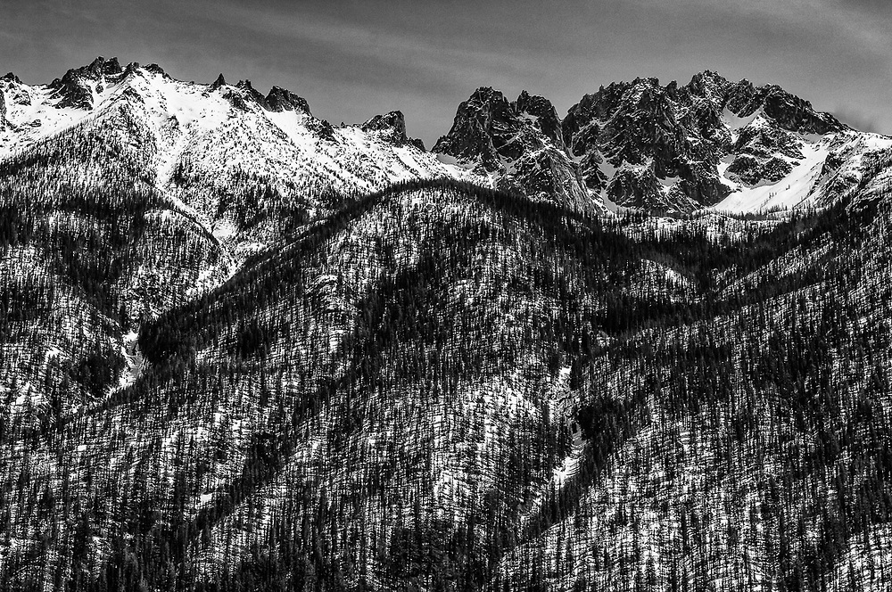 Silver Star Mountain, Chelan-Sawtooth Wilderness, morning light, May, Okjanogan National Forest, view from the North Cascades Highway, Methow River watershed, Okanogan County, Washington, USA