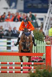 Zoer Albert (NED) - Oki Doki<br /> European Championship Jumping Windsor 2009<br /> © Hippo Foto - Dirk Caremans