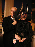 Talk with Manolo Blahnik. Institue of Cervantes. Eaton Sq. 4 April 2002. © Copyright Photograph by Dafydd Jones 66 Stockwell Park Rd. London SW9 0DA Tel 020 7733 0108 www.dafjones.com