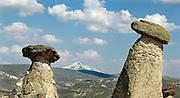 Turkije; Goreme; 7-6-2012; De bizarre rotsformaties van cappadocie zijn een toeristische trekpleister. In het gebied leefden al in de eerste eeuwen na christus christenen die er hun kloosters en kerken in de zachte kalksteen uithouwden.; Foto: Flip Franssen
