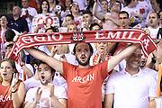 DESCRIZIONE : Reggio Emilia Lega A 2014-15 Grissin Bon Reggio Emilia Banco di Sardegna Sassari finale play off gara 5<br /> GIOCATORE : tifosi Grissin Bon Reggio Emilia<br /> CATEGORIA : tifosi<br /> SQUADRA : Grissin Bon Reggio Emilia<br /> EVENTO : Campionato Lega A 2014-2015<br /> GARA : Grissin Bon Reggio Emilia Banco di Sardegna Sassari<br /> DATA : 22/06/2015<br /> SPORT : Pallacanestro <br /> AUTORE : Agenzia Ciamillo-Castoria/E.Rossi<br /> Galleria : Lega Basket A 2014-2015 <br /> Fotonotizia : Reggio Emilia Lega A 2014-15 Grissin Bon Reggio Emilia Banco di Sardegna Sassari finale play off gara 5