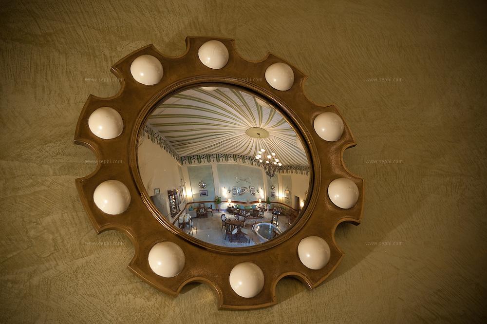 The Polo club is a luxury bar at the Rambagh Palace Hotel, Bhawani Singh Rd, +91 141 221 1919, www.tajhotels.com