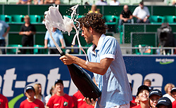 06-08-2011 TENNIS: ATP WORLD TOURBET AT HOME CUP: KITZBUEHEL<br /> Robin Haase (NED) wint de eerste ATP finale<br /> ©2011-FotoHoogendoorn.nl / J. Groder