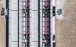 19.04.2018, Paul Ausserleitner Schanze, AUT, FIS Weltcup Ski Sprung, neue Anlaufspur in Bischofshofen, im Bild Detailaufnahme der neuen doppelten Anlaufspur (Keramik und Eisspur) der Peter Riedel Sports Technology // Detailed view of the new dual inrun track (ceramic and ice track) by Peter Riedel Sports Technology of the Paul Ausserleitner Schanze, Bischofshofen, Austria on 2018/04/19. EXPA Pictures © 2018, PhotoCredit: EXPA/ JFK