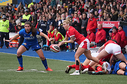 February 2, 2020, Cardiff, United Kingdom: Keira Bevan (Wales) seen in action during the women's Six Nations Rugby between wales and Italy at Cardiff Arms Park in Cardiff. (Credit Image: © Graham Glendinning/SOPA Images via ZUMA Wire)