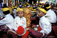 Indonesie. Bali. Ubud. Céremonie pour une crémation royale. // Royal cremation ceremony. Ubud. Bali. Indonesia