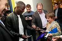 Getafe CF's Amath Ndiaye during the Christmas visit to the Children's Hospital of the city. December 12,2017. (ALTERPHOTOS/Acero)
