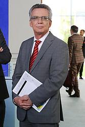 15.09.2015, Bundeskanzleramt, Berlin, GER, Flüchtlingskrise in der EU, Gipfeltreffen Deutschland und Oesterreich, im Bild Innenminister Thomas de Maziere (CDU) // attend a joint press conference following talks about the refugee crisis at the Bundeskanzleramt in Berlin, Germany on 2015/09/15. EXPA Pictures © 2015, PhotoCredit: EXPA/ Eibner-Pressefoto/ Hundt<br /> <br /> *****ATTENTION - OUT of GER*****