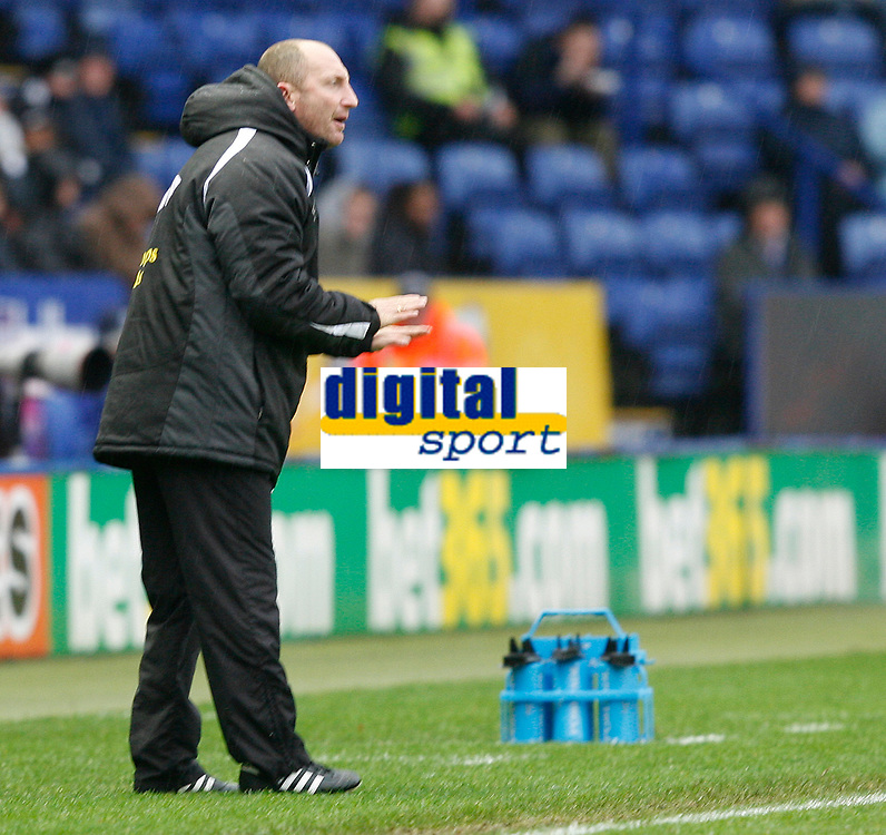Photo: Steve Bond/Sportsbeat Images.<br />Leicester City v West Bromwich Albion. Coca Cola Championship. 08/12/2007. Ian Holloway gives instructions