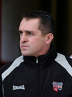 Photo: Leigh Quinnell.<br /> Brentford v Swansea City. Coca Cola League 1.<br /> 26/12/2005. Brentford boss Martin Allen looks on.