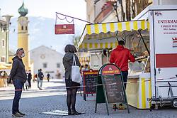 THEMENBILD - In Österreich gelten aufgrund der Covid-19-Pandemie Ausgangsbeschränkungen, Betretungsverbote und andere Regelungen, die in das Alltagsleben eingreifen. Hier im Bild // In Austria, due to the Covid 19 pandemic, exit restrictions, entry bans and other regulations that affect everyday life apply. Here in the picture: . EXPA Pictures © 2020, PhotoCredit: EXPA/ Johann Groder