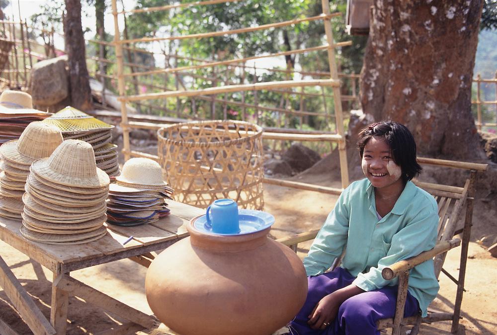 Vendor on trail to Kyaiktiyo Pagoda