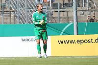 ALL BRUK AV BILDET BLIR FAKTURERT. INNGÅR IKKE I AVTALER.<br /> <br /> Fotball<br /> Tyskland<br /> Foto: imago/Digitalsport<br /> NORWAY ONLY<br /> <br /> DFB-Pokal - 1. Runde - Fußball - FC Ingolstadt 04 - SpVgg Unterhaching - Torwart Örjan Haskjard Nyland (26, FCI) schreit nach dem Gegentreffer zum Team 1. BL - FC Ingolstadt 04 Saison 2015/2016<br /> <br /> Ørjan Håskjold Nyland