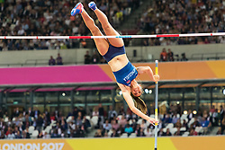 London, 2017-August-04. Robeilys Pienado of Venezuela clears the bar in the Women's pole-vault qualifying round Group A at the IAAF World Championships London 2017. Paul Davey.