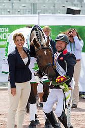 Princess Haya bint al Hussein congratulate Lee Pearson and Zion World Champion in the Freestyle Grade Ib Para Dressage - Alltech FEI World Equestrian Games™ 2014 - Normandy, France.<br /> © Hippo Foto Team - Leanjo de Koster<br /> 25/06/14