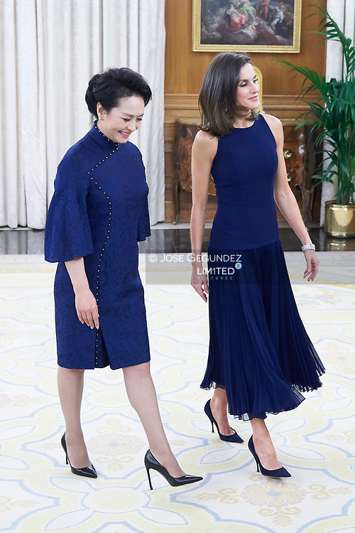 Queen Letizia of Spain, Peng Liyuan host a Dinne with Xi Jinping, President of People's Republic of China and wife Peng Liyuan at Zarzuela Palace on November 27, 2018 in Madrid, Spain
