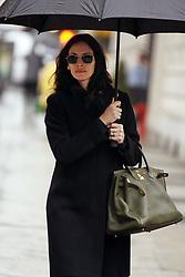 March 4 2008, New York City Actress Julia Roberts takes a stroll in the rain in her Gramecy Park neighborhood  (Credit Image: © Sharkpixs/ZUMA Press)