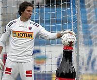 Fotball<br /> Norge<br /> 09.06.2010<br /> Foto: Morten Olsen, Digitalsport<br /> <br /> Tredje runde NM herrer<br /> Sandefjord v Moss 4:2<br /> <br /> Coca Cola og Umbro<br /> Joacim Heier - Sandefjord