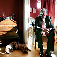 Nederland,Amsterdam ,11 oktober 2008...Prof. dr. Jaap van Manen is hoogleraar accountantscontrole, partner bij een accountantsorganisatie en voorzitter van het audit committee van de Algemene Rekenkamer.