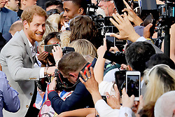 May 18, 2018 - Windsor, Great Britain - 18-05-2018 England Princes Harry greet wellwishers outside Windsor Castle in Windsor, Britain...© PPE/Nieboer.Credit: PPE/face to face.- No rights for the Netherlands  (Credit Image: © face to face via ZUMA Press)
